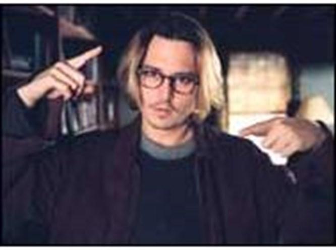 2004 Johnny Depp'e uğurlu geldi